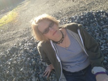Slummin' on the rocks (L.E. Swenson)
